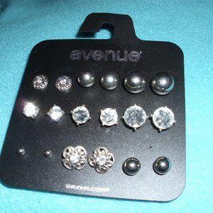 9 pr earrings by avenue new on card